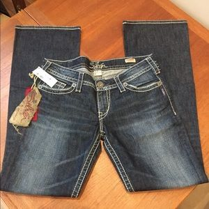 Silver Jeans NWT size 31